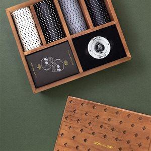 Dead Man's Hand Premium Poker Set